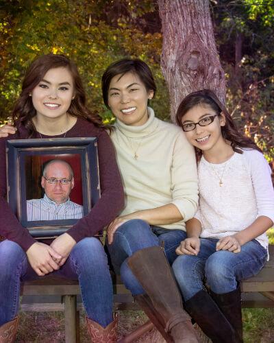 Family portrait session at matthiessen State Park, Utica, IL.